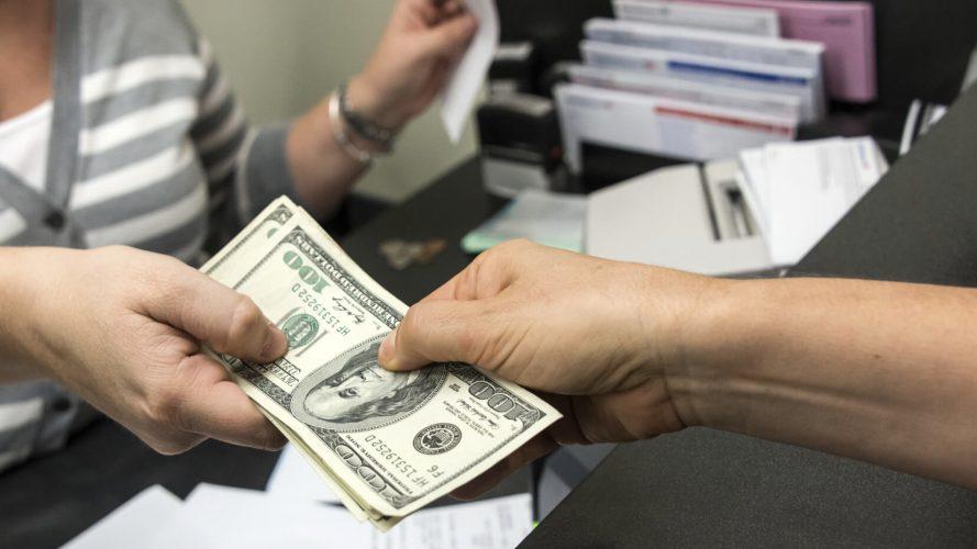 Prestiti con delega di pagamento: come funzionano e chi può richiederli