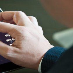 Come fare trading con smartphone: vantaggi e rischi